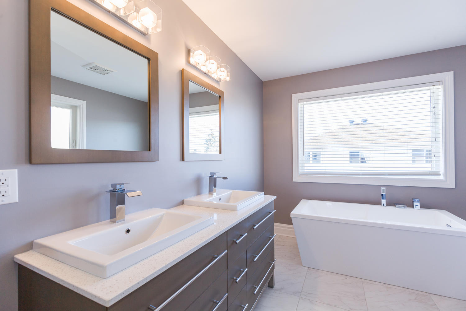 1726 Leduc Crescent Ottawa ON-large-023-19-Master Bedroom Ensuite ...